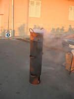 caldarroste fuori stagione - 9 settembre 2007  - Trappeto (2979 clic)