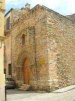 a spasso per la città: ex Chiesa di S. Tommaso - 6 giugno 2007  - Alcamo (1104 clic)