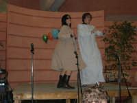 C/da Scampati - Sala Panorama - Cabaret durante la cena di beneficenza a favore dell'AVSI: Ivan D'Angelo e Veronica Sabella di Castellammare del Golfo - 24 febbraio 2006  - Alcamo (1172 clic)