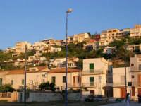Case viste dalla Tonnara - 8 maggio 2005  - Alcamo marina (3887 clic)
