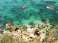 Cala Petrolo - mare e scogli - 6 luglio 2006  - Castellammare del golfo (1540 clic)