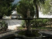 La fontana nel giardino dell'I.C. G. Pascoli - 10 marzo 2006   - Castellammare del golfo (1281 clic)