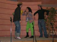 C/da Scampati - Sala Panorama - Cabaret durante la cena di beneficenza a favore dell'AVSI: Giuseppe Coppola, Ivan D'Angelo e Rosa Raimondi di Castellammare del Golfo - 24 febbraio 2006  - Alcamo (1330 clic)