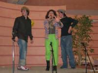 C/da Scampati - Sala Panorama - Cabaret durante la cena di beneficenza a favore dell'AVSI: Giuseppe Coppola, Ivan D'Angelo e Rosa Raimondi di Castellammare del Golfo - 24 febbraio 2006  - Alcamo (1190 clic)