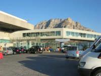 Aeroporto Internazionale di Palermo Falcone e Borsellino - 19 agosto 2007   - Cinisi (1580 clic)