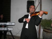 violinista Giuseppe Di Giovanni (alcamese)- concerto al Baglio Abbate - 12 settembre 2008  - Balestrate (3661 clic)