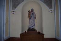 statua della Beata Teresa di Calcutta, Madre dei Poveri, all'interno della Chiesa di S. Maria del Gesù - 17 maggio 2008  - Alcamo (614 clic)
