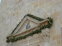 Santuario di Maria SS. dei Miracoli (particolare) - 3 giugno 2006  - Alcamo (1109 clic)