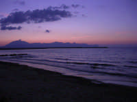 Golfo di Castellammare dopo il tramonto - 9 settembre 2007   - Balestrate (1217 clic)