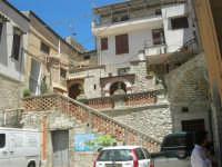 a spasso per il paese: cortile del Castello di Matteo Sclafani - 17 giugno 2007  - Chiusa sclafani (1138 clic)