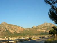 Luna sui monti - 21 maggio 2005  - San vito lo capo (1633 clic)
