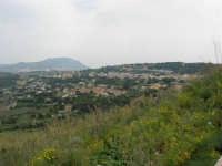 Panorama dalla strada, appena fuori dal paese - 25 aprile 2006  - Valderice (2083 clic)