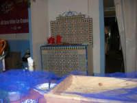Cous Cous Fest 2007 - Villaggio gastronomico: dove si serve il cou cous di San Vito Lo Capo (particolare) - 28 settembre 2007   - San vito lo capo (810 clic)