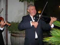 violinista Giovanni Pitò (alcamese)- concerto al Baglio Abbate - 12 settembre 2008  - Balestrate (1692 clic)