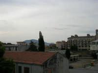 Il Monte Bonifato visto da Castellammare - 12 settembre 2005  - Castellammare del golfo (1244 clic)