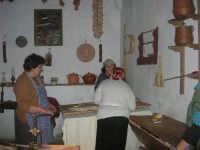 Il Presepe Vivente di Custonaci nella grotta preistorica di Scurati (grotta Mangiapane) (224) - 26 dicembre 2007   - Custonaci (1246 clic)