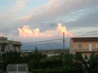 Gioco di nubi a sera - 14 settembre 2005  - Alcamo (1369 clic)