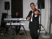 violinista Giuseppe Di Giovanni (alcamese)- concerto al Baglio Abbate - 12 settembre 2008  - Balestrate (1713 clic)