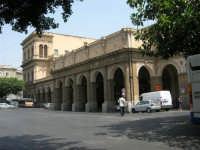 Stazione Centrale: esterno, lato ovest - 24 luglio 2007   - Palermo (1485 clic)
