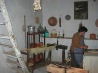 Il Presepe Vivente di Custonaci nella grotta preistorica di Scurati (grotta Mangiapane) (226) - 26 dicembre 2007   - Custonaci (1162 clic)