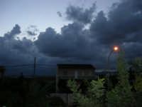 Gioco di nubi al mattino - 15 settembre 2005  - Alcamo (1240 clic)