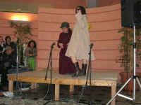 C/da Scampati - Sala Panorama - Cabaret durante la cena di beneficenza a favore dell'AVSI: Giuseppe Coppola e Veronica Sabella di Castellammare del Golfo - 24 febbraio 2006  - Alcamo (1281 clic)