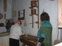 Il Presepe Vivente di Custonaci nella grotta preistorica di Scurati (grotta Mangiapane) (227) - 26 dicembre 2007   - Custonaci (1037 clic)