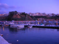 il paese visto dal porto - 9 settembre 2007   - Balestrate (1363 clic)