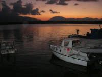 al porto dopo il tramonto - 9 settembre 2007   - Balestrate (1252 clic)