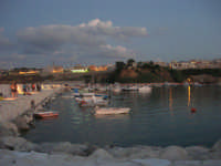 al porto dopo il tramonto - 9 settembre 2007   - Balestrate (1813 clic)