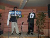 C/da Scampati - Sala Panorama - Cabaret durante la cena di beneficenza a favore dell'AVSI: Baldo Sabella e Francantonio D'Angelo di Castellammare del Golfo - 24 febbraio 2006  - Alcamo (1129 clic)