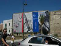 Un grande manifesto della Trapani Louis Vuitton Acts 8 & 9 - 2 ottobre 2005   - Trapani (2000 clic)