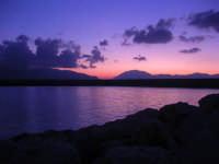 al porto dopo il tramonto - 9 settembre 2007   - Balestrate (1553 clic)