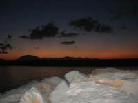 al porto dopo il tramonto - 9 settembre 2007   - Balestrate (1415 clic)