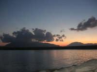 al porto dopo il tramonto - 9 settembre 2007   - Balestrate (1145 clic)