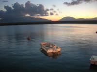 al porto dopo il tramonto - 9 settembre 2007   - Balestrate (1380 clic)