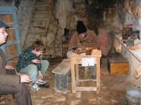 Il Presepe Vivente di Custonaci nella grotta preistorica di Scurati (grotta Mangiapane) (233) - 26 dicembre 2007   - Custonaci (1348 clic)