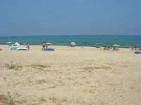 spiaggia e mare - 29 giugno 2008   - Alcamo marina (817 clic)
