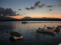 al porto dopo il tramonto - 9 settembre 2007   - Balestrate (1477 clic)