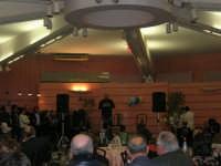 C/da Scampati - Sala Panorama - Cabaret durante la cena di beneficenza a favore dell'AVSI: Antonio Pandolfo, alcamese - 24 febbraio 2006  - Alcamo (1668 clic)