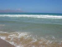 mare mosso - 05 luglio 2008   - Alcamo marina (745 clic)