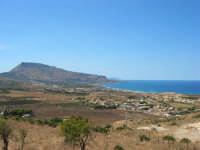 panorama: monte Erice e golfo di Bonagia - 6 settembre 2007  - Custonaci (1232 clic)