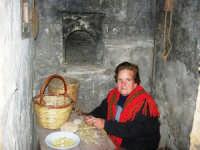 Il Presepe Vivente di Custonaci nella grotta preistorica di Scurati (grotta Mangiapane) (237) - 26 dicembre 2007   - Custonaci (1383 clic)