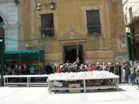 Piazza Ciullo: Lu Patruciniu - 7 maggio 2006  - Alcamo (1399 clic)
