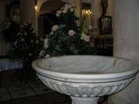 Chiesa di Santa Maria del Gesù: interno - 22 luglio 2006  - Alcamo (766 clic)