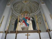 interno della Chiesa Maria SS. delle Grazie: Madonna del Rosario - 3 settembre 2008   - Torretta (4049 clic)