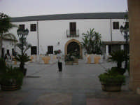 Baglio Abbate - 22 luglio 2006  - Balestrate (7001 clic)