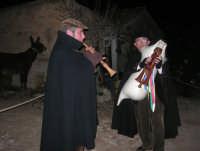 Il Presepe Vivente di Custonaci nella grotta preistorica di Scurati (grotta Mangiapane) (240) - 26 dicembre 2007   - Custonaci (1005 clic)