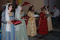 2° Corteo Storico di Santa Rita - Le dame con i segni della Santa - 17 maggio 2008   - Castellammare del golfo (497 clic)