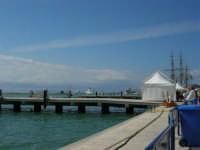 America's Cup - Vista sul porto ed alberi dell'Amerigo Vespucci - 2 ottobre 2005  - Trapani (2024 clic)